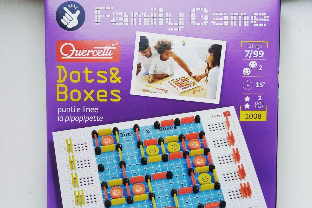 dots e boxes family game quercetti